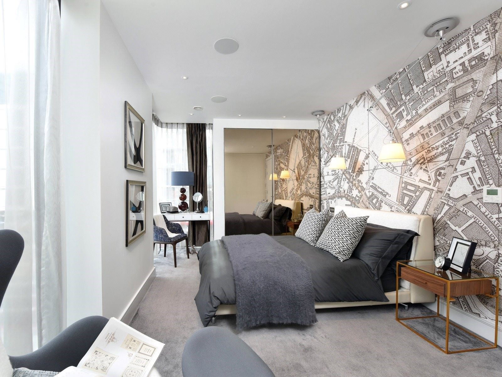 Foster and Partners,Master Bedroom