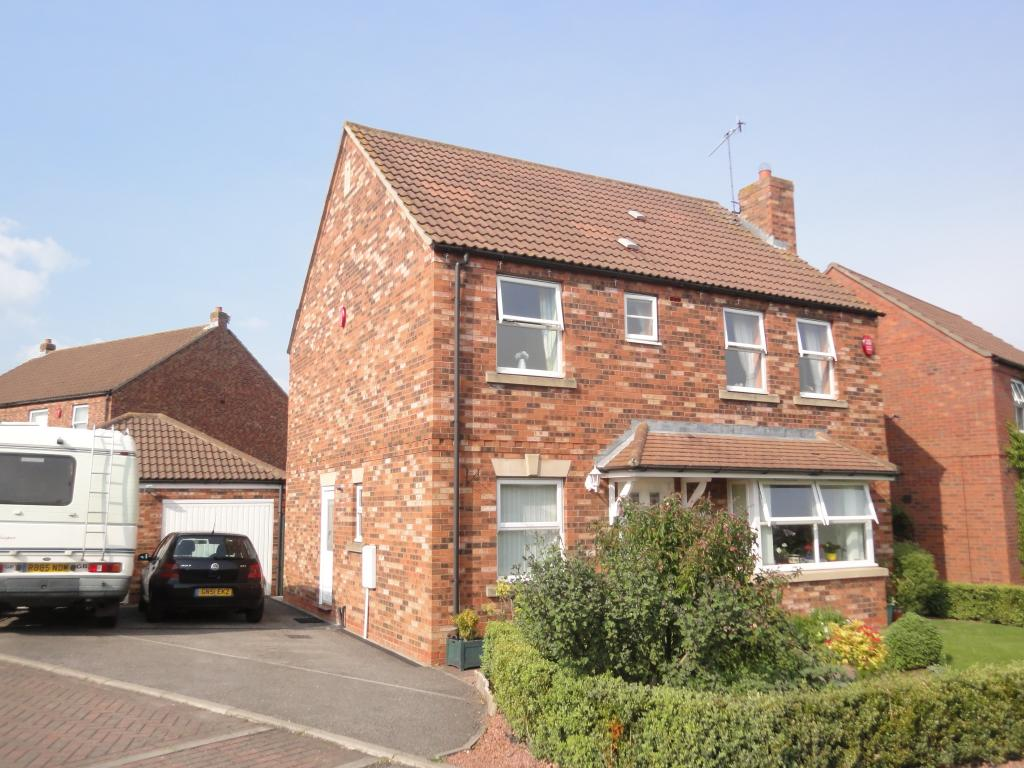 4 bed detached house for sale in curlew drive crossgates for Modern house zoopla