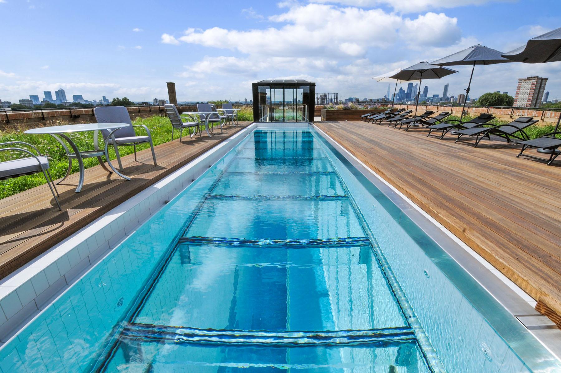 Warehaus,Pool & Sport
