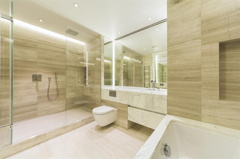 Nova SW1,Bathroom