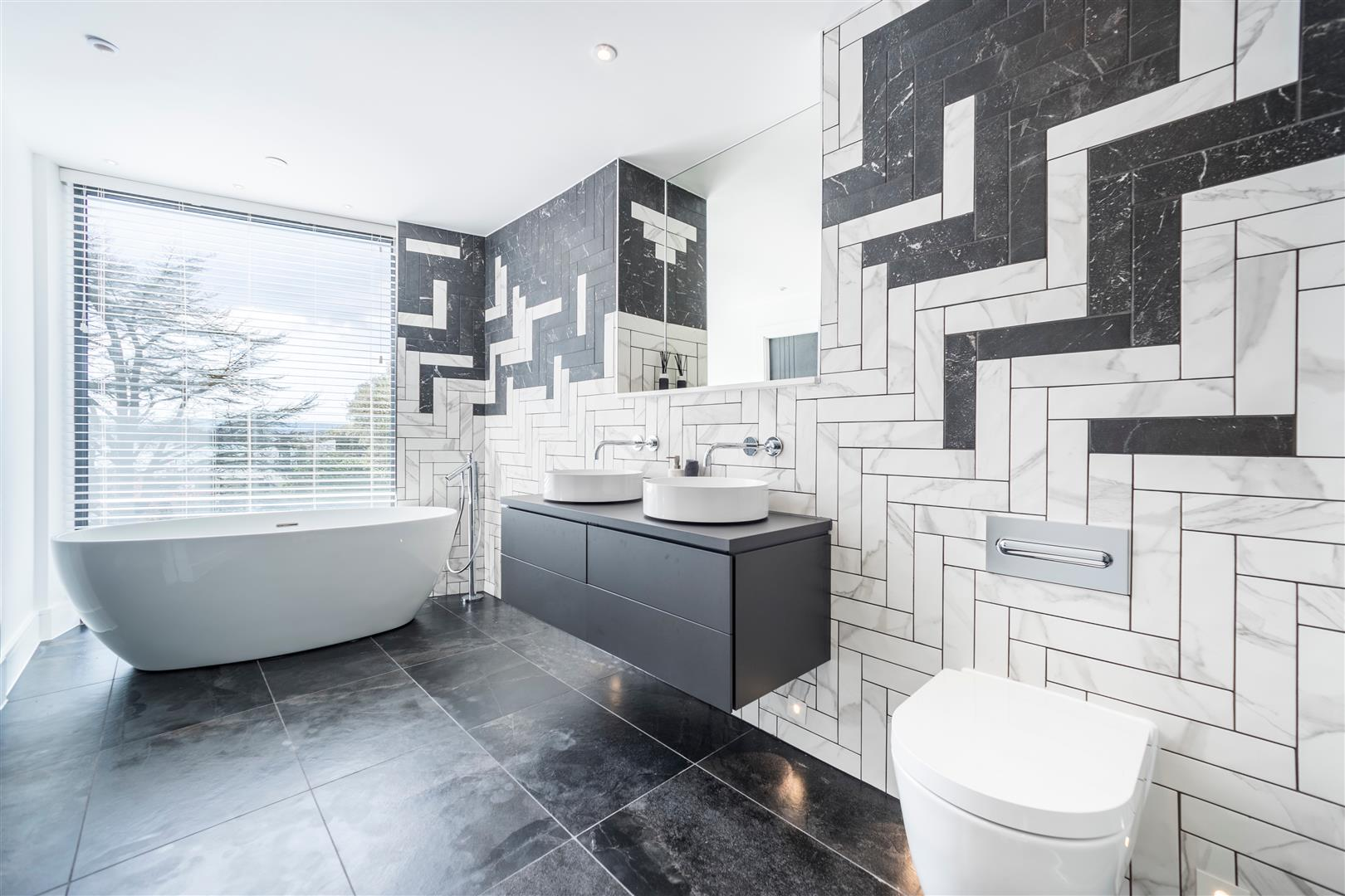 Amirez Developments,Bathroom