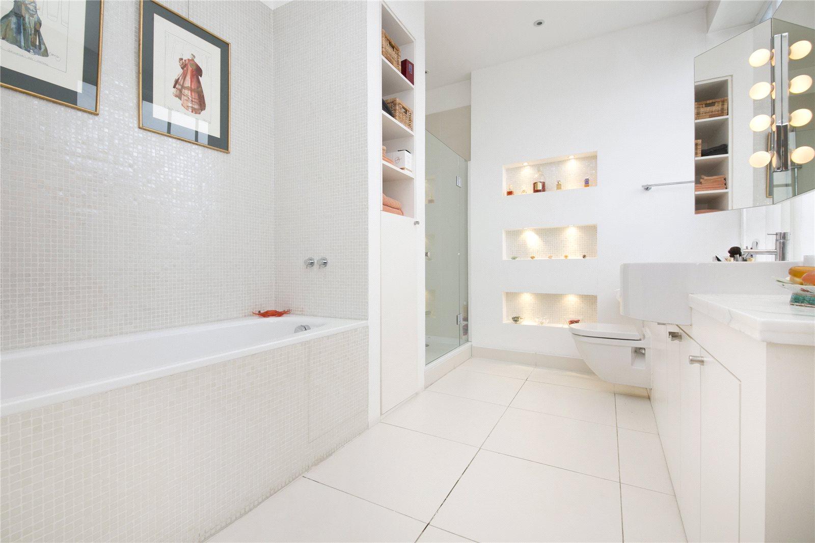 Albert Dock,Bathroom