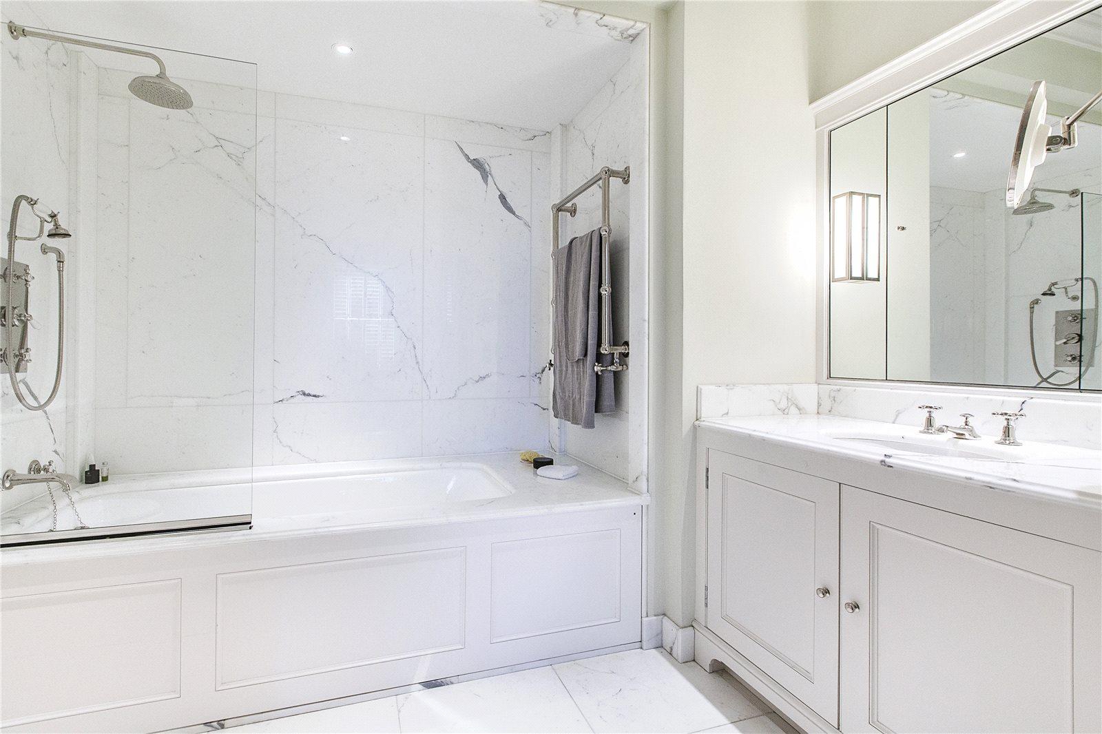 Rutland Gate,Bathroom