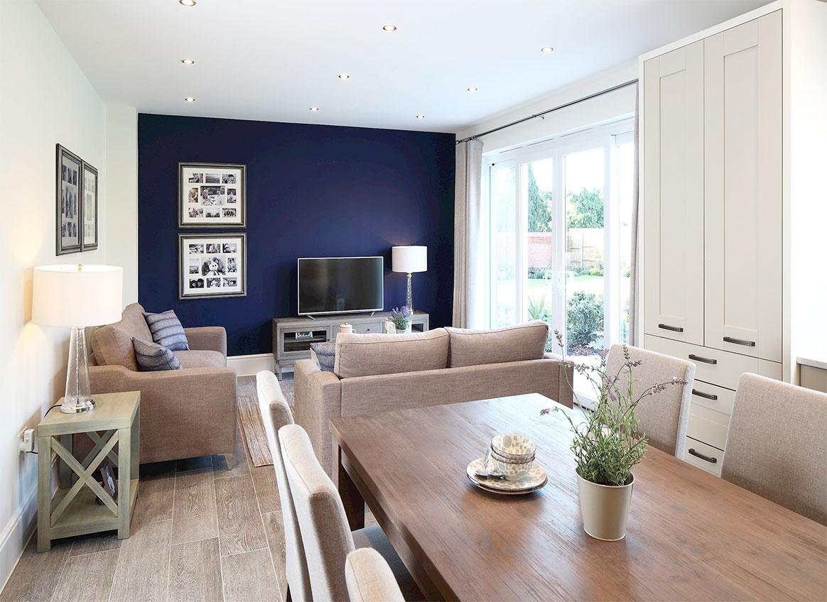 Arborfield Green,Family room