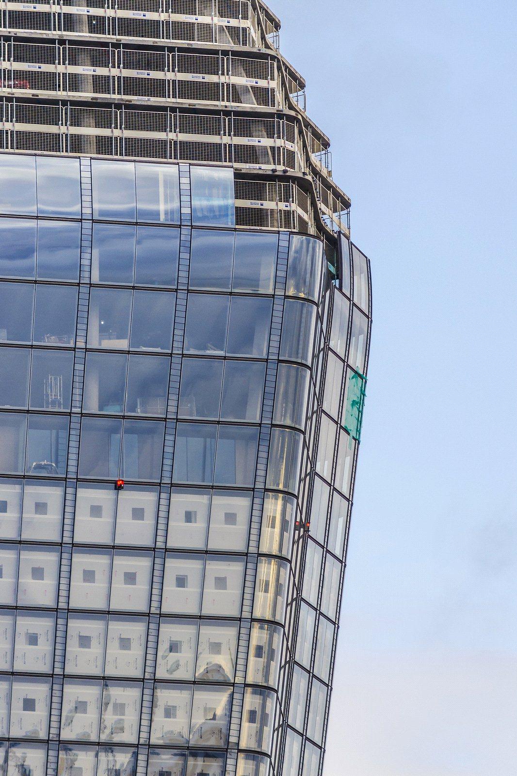 One Blackfriars,Window