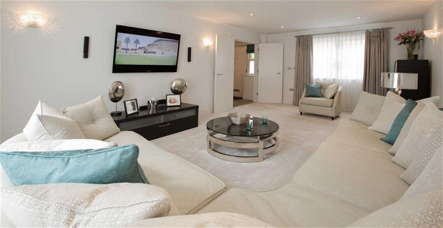 Charlesgate Homes,Lounge