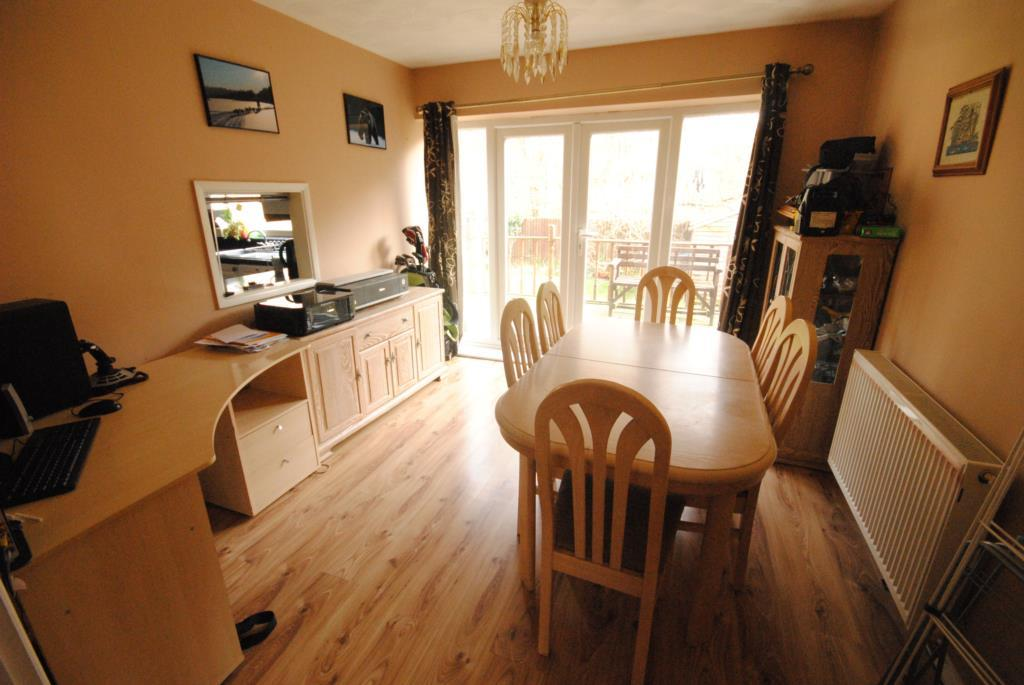 Laminate flooring laminate flooring sale leicester for Laminate flooring sale