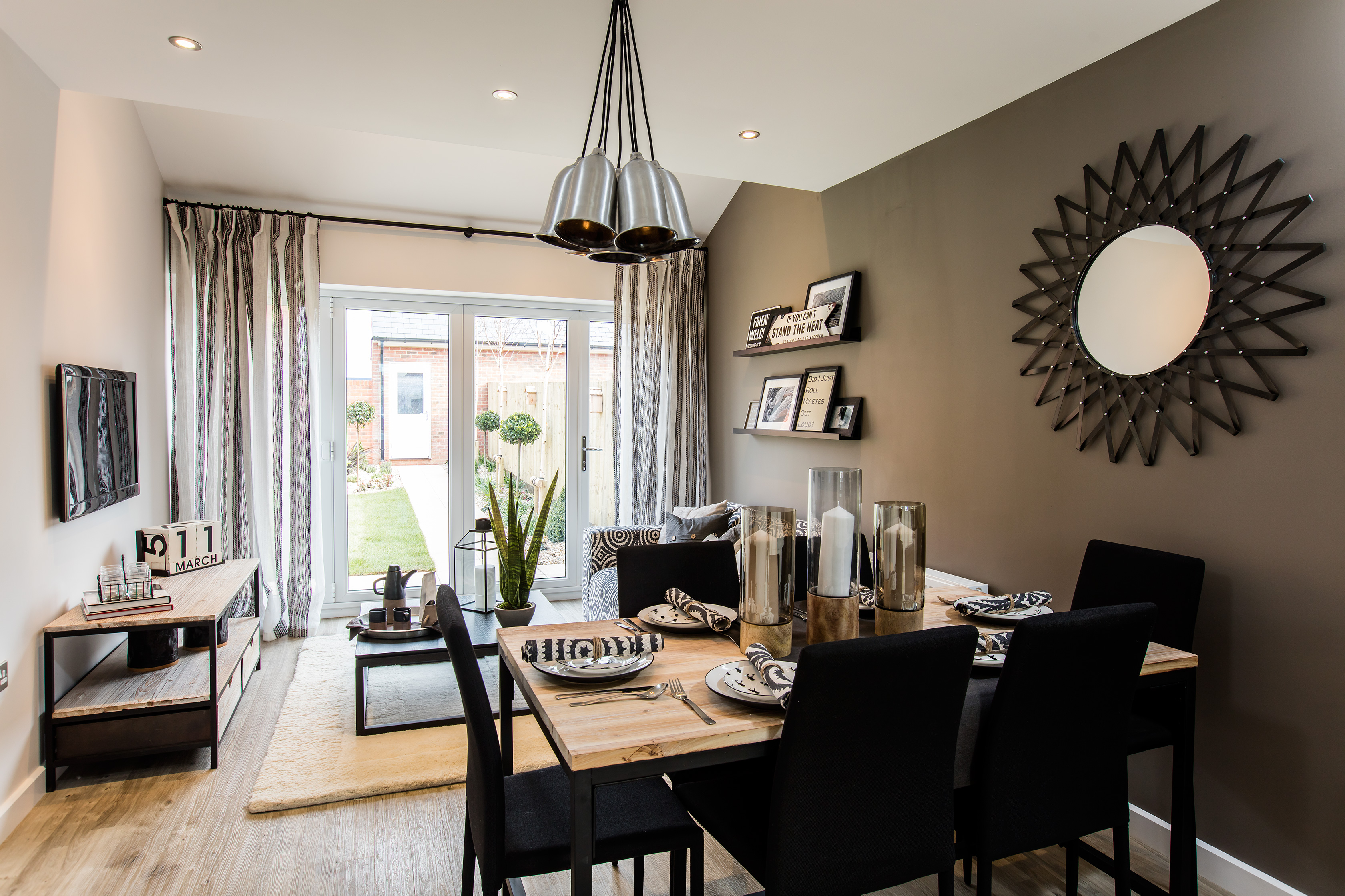 Bloor Homes,Dining room