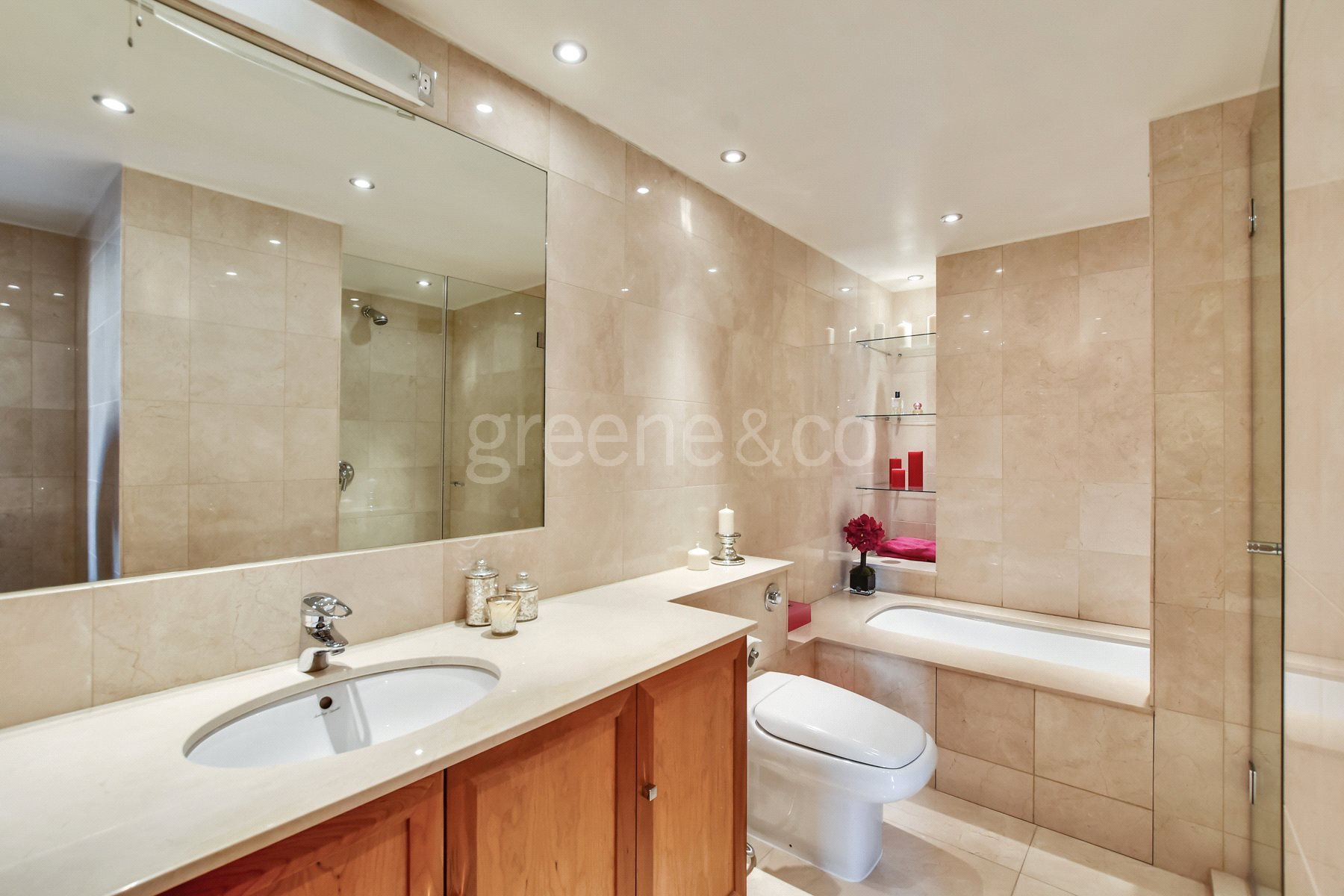 Princess Park Manor,Bathroom