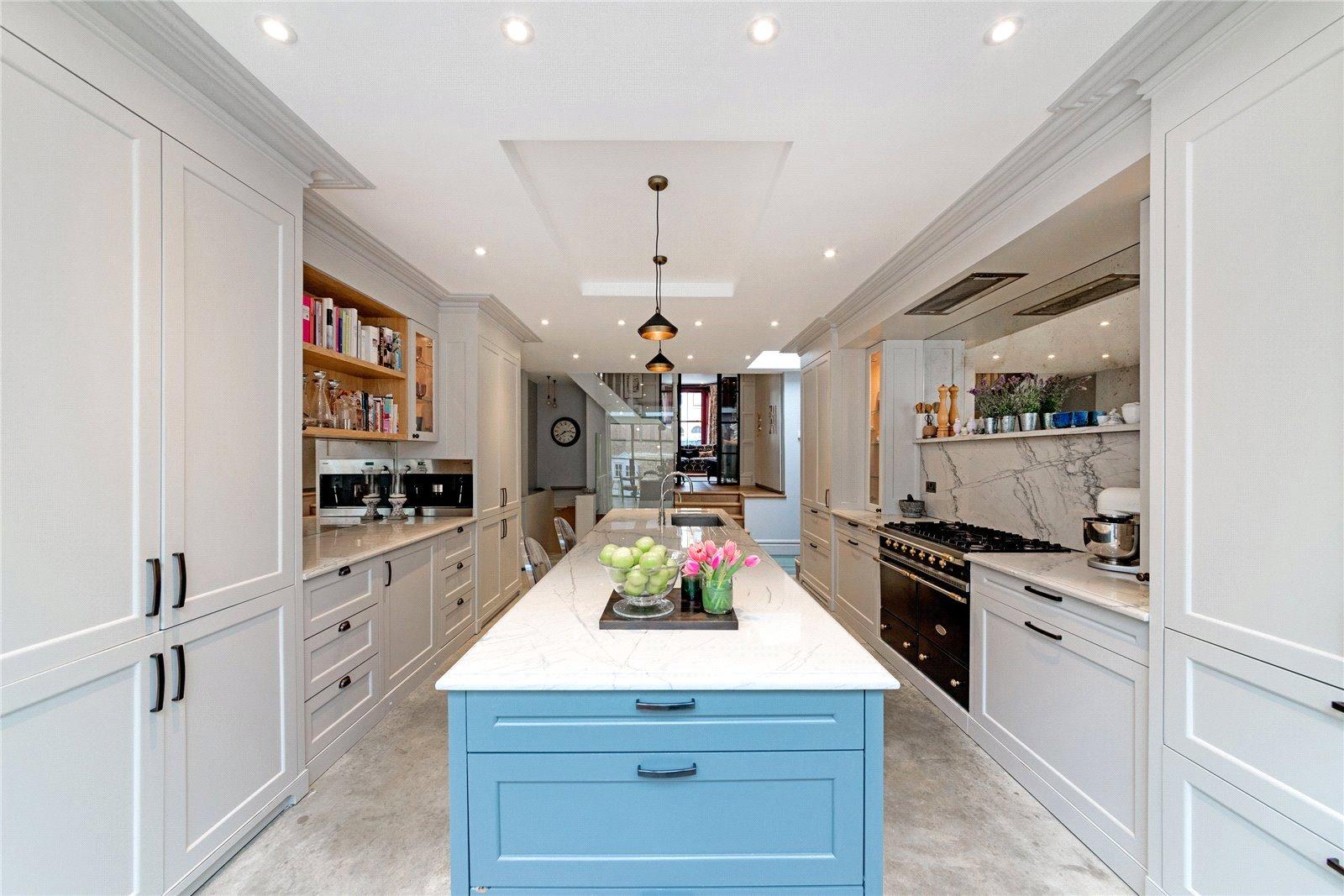 Lucinda Sanford,Kitchen