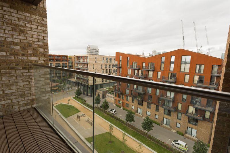 Barratt,View