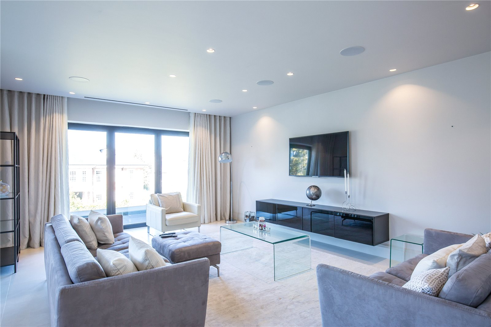 Fusion Residential,Family room