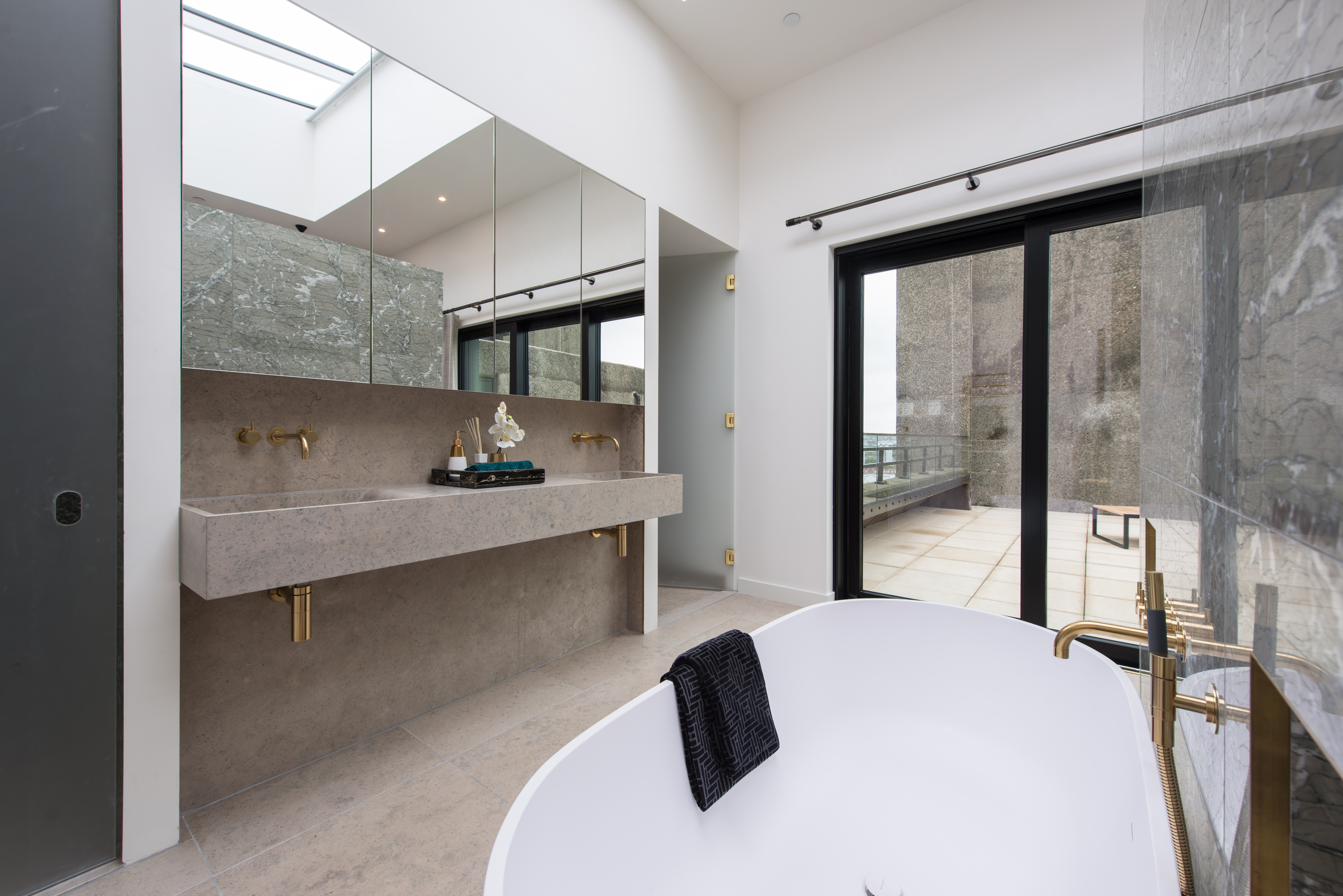 BNP Paribas,Bathroom