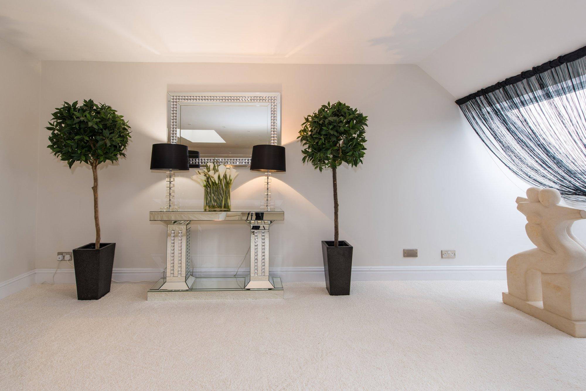 Whiteoak,Interior Decor