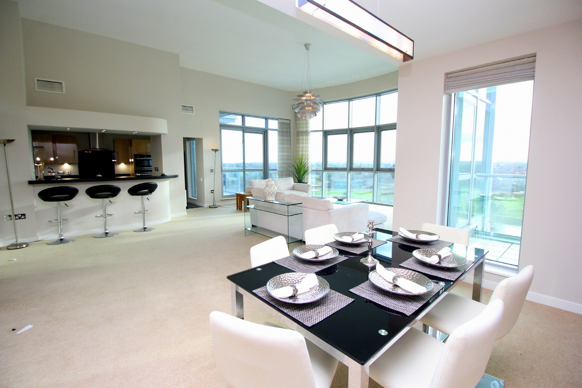 River Crescent,Dining room