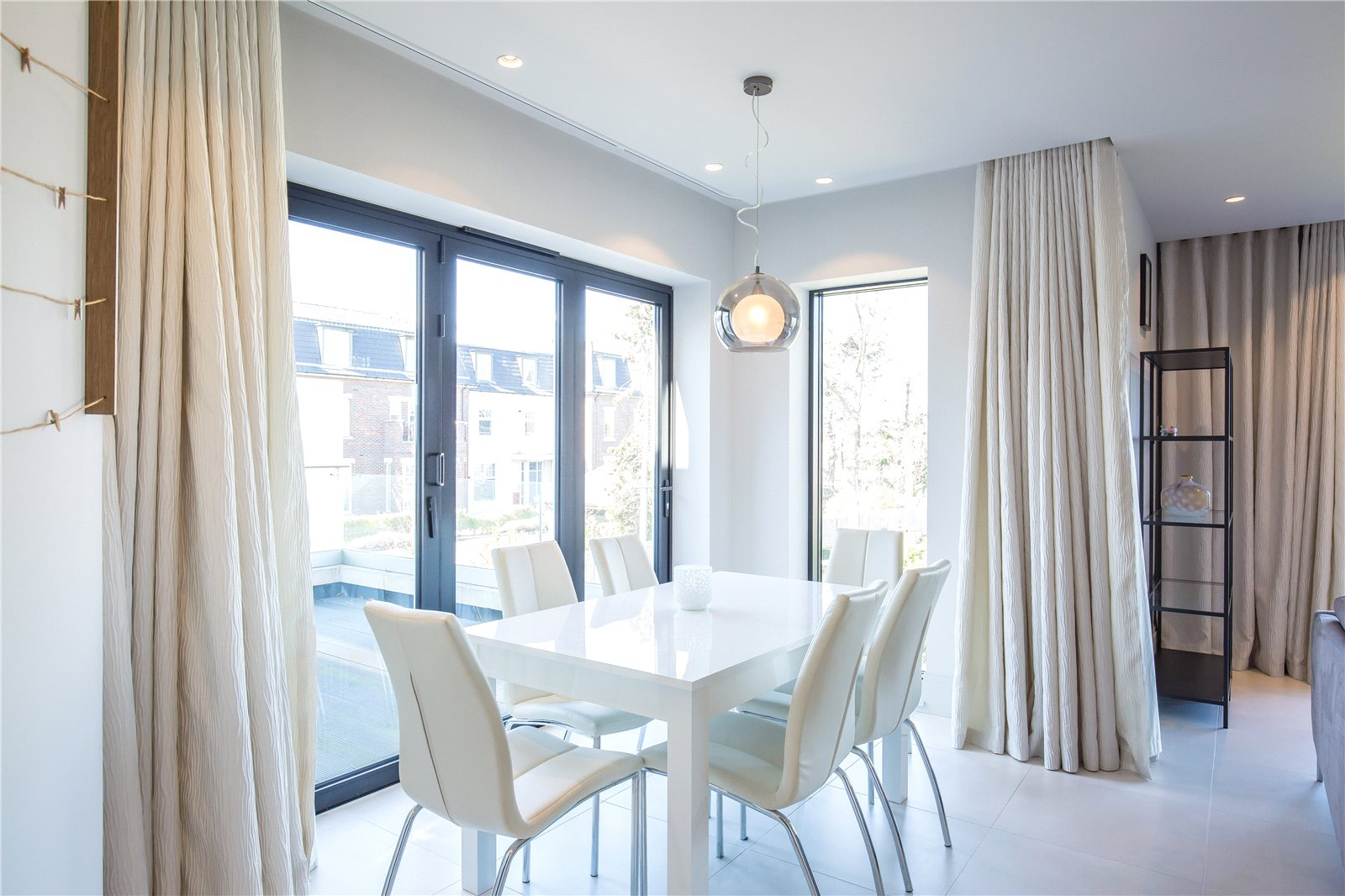Fusion Residential,Dining room