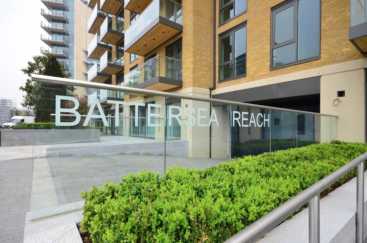 Battersea Reach,Front Elevation