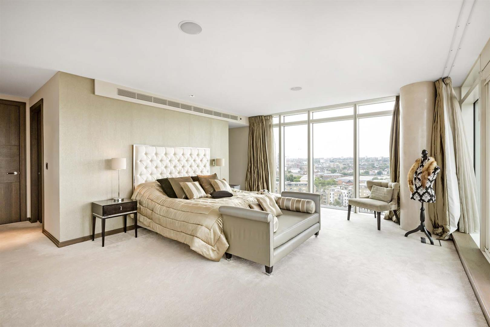 Nine Elms,Master Bedroom
