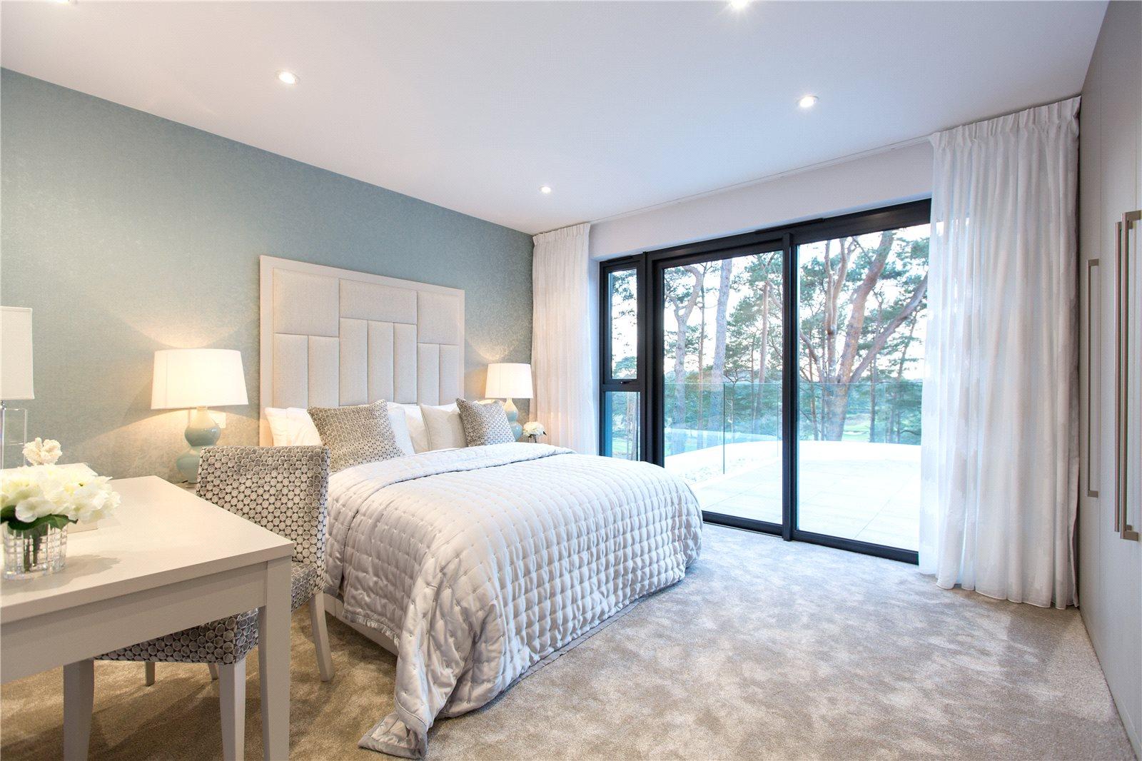 Parkstone Golf Course,Master Bedroom