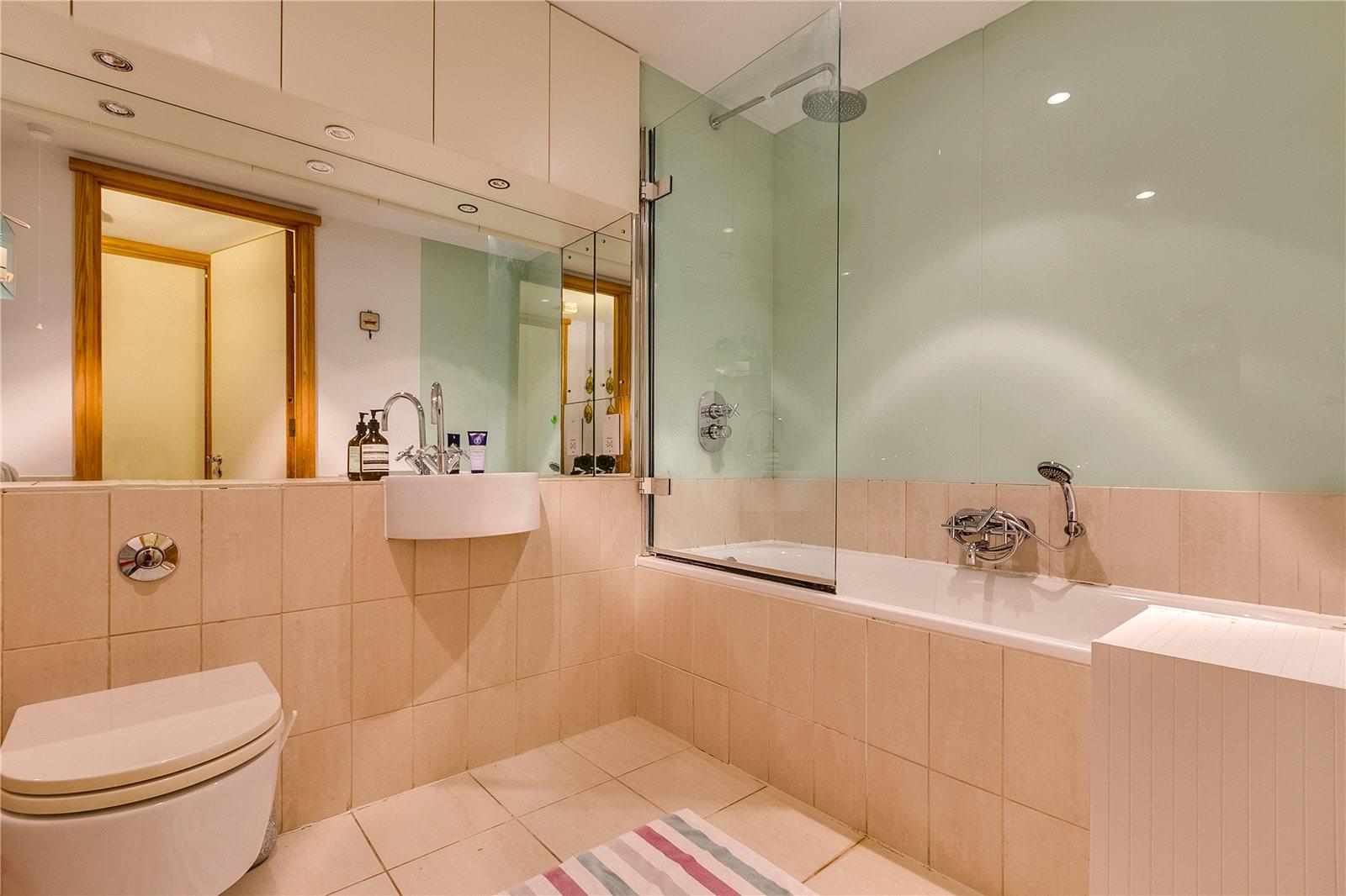 Manhattan Loft Corporation,Bathroom