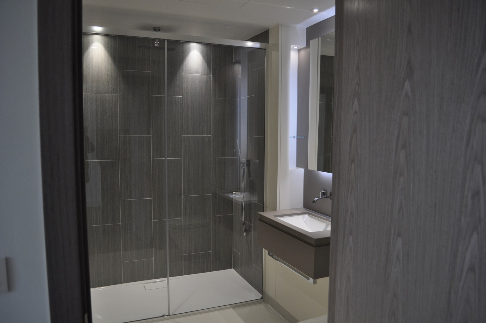 London Dock,Bathroom