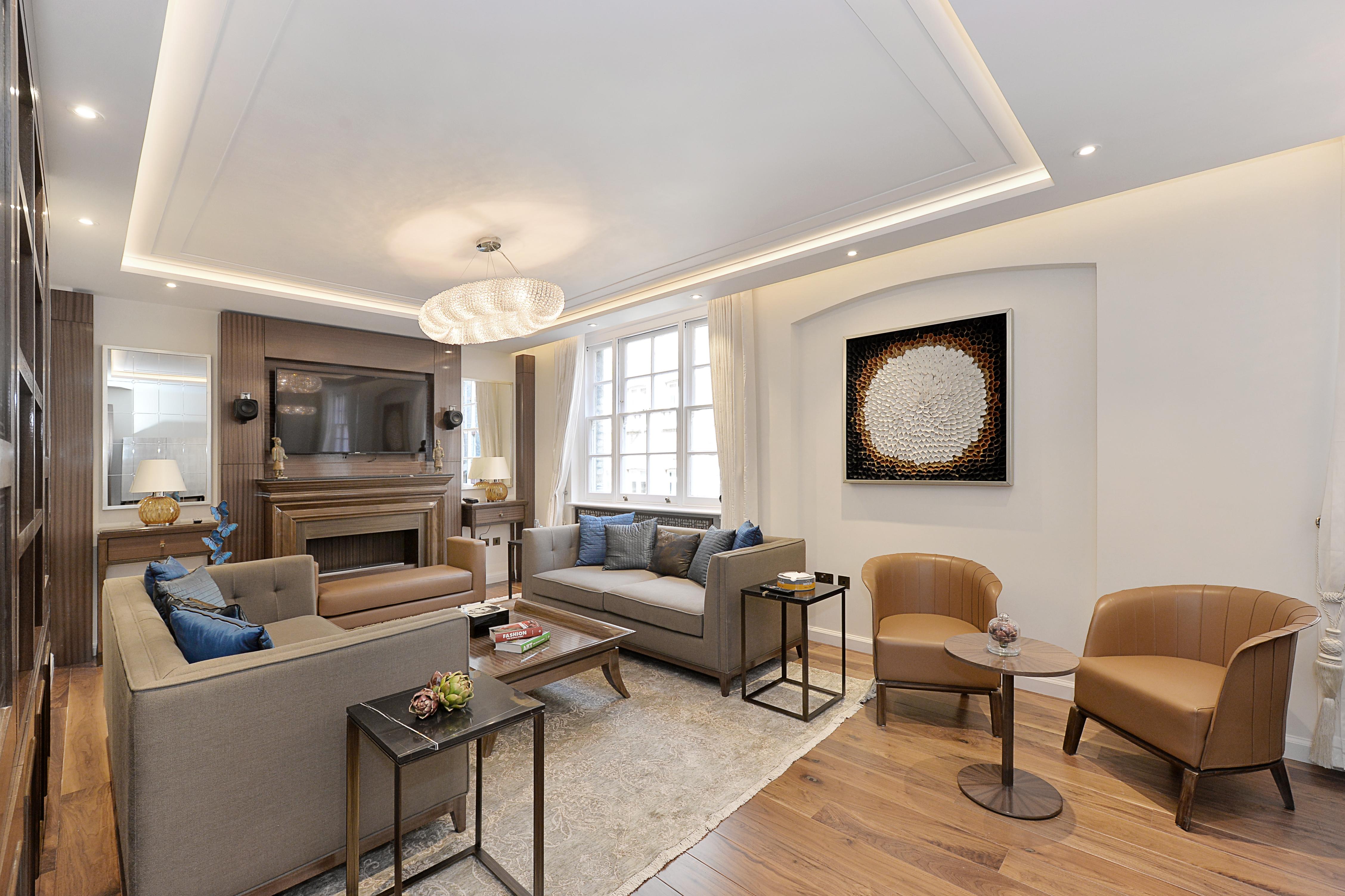 Montagu Mansions,Lounge