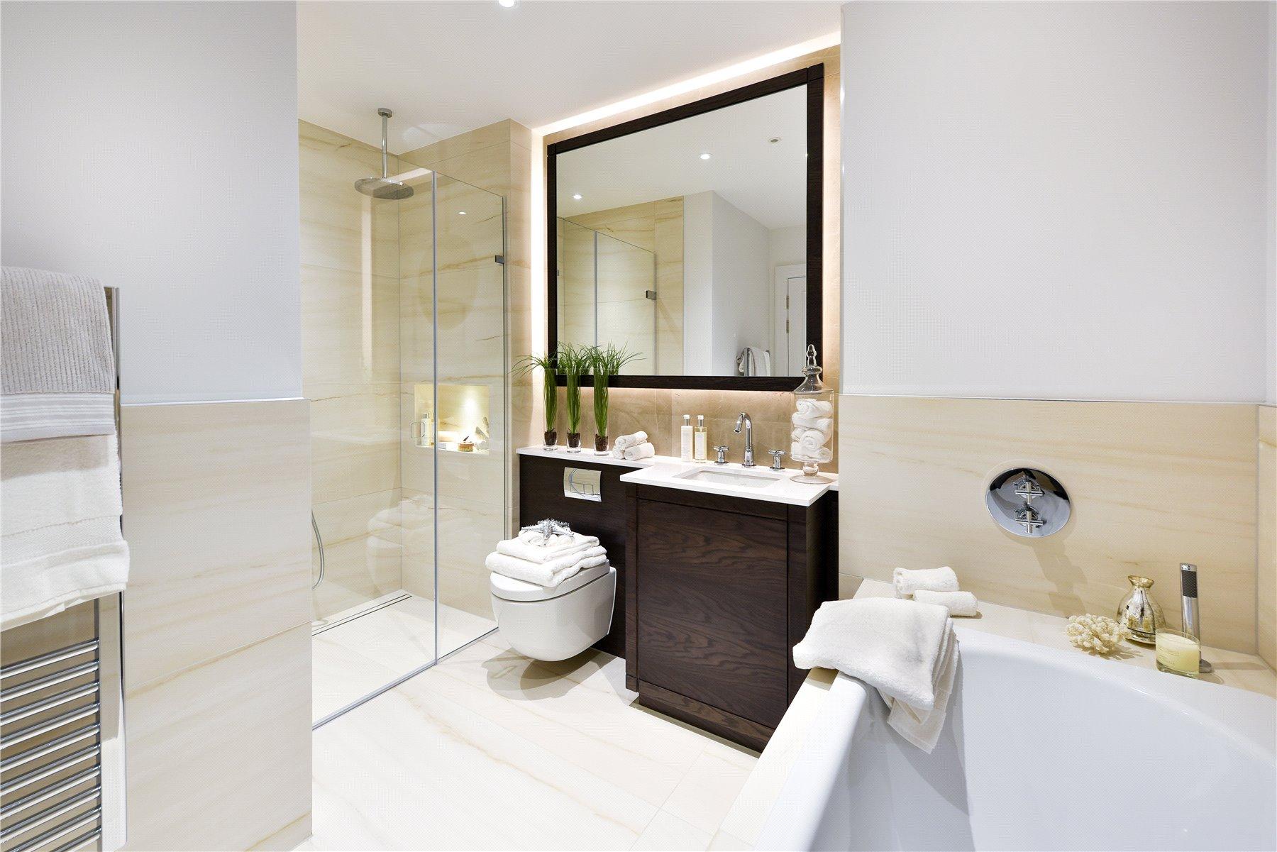 Richmond Chase,Bathroom