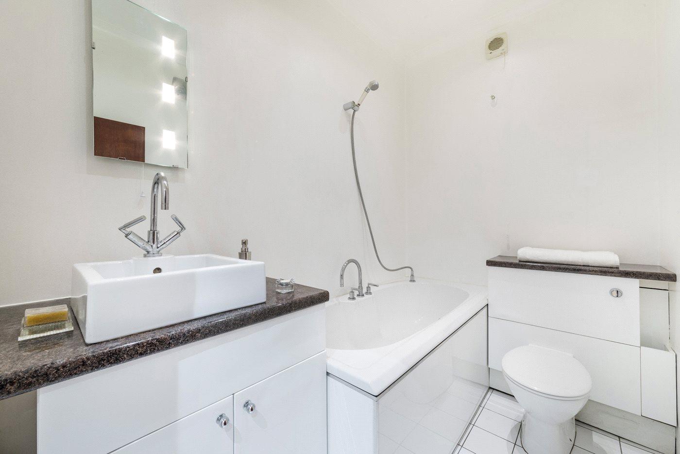 Marshall Street,Bathroom