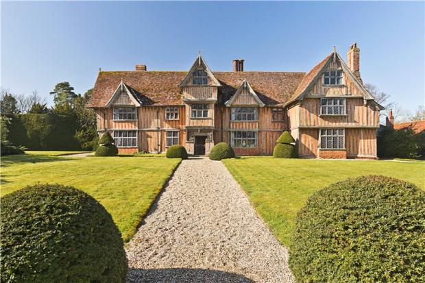 Bedebrooke top 10 tudor homes for Tudor style house for sale