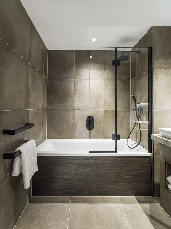 Mount Anvil,Bathroom