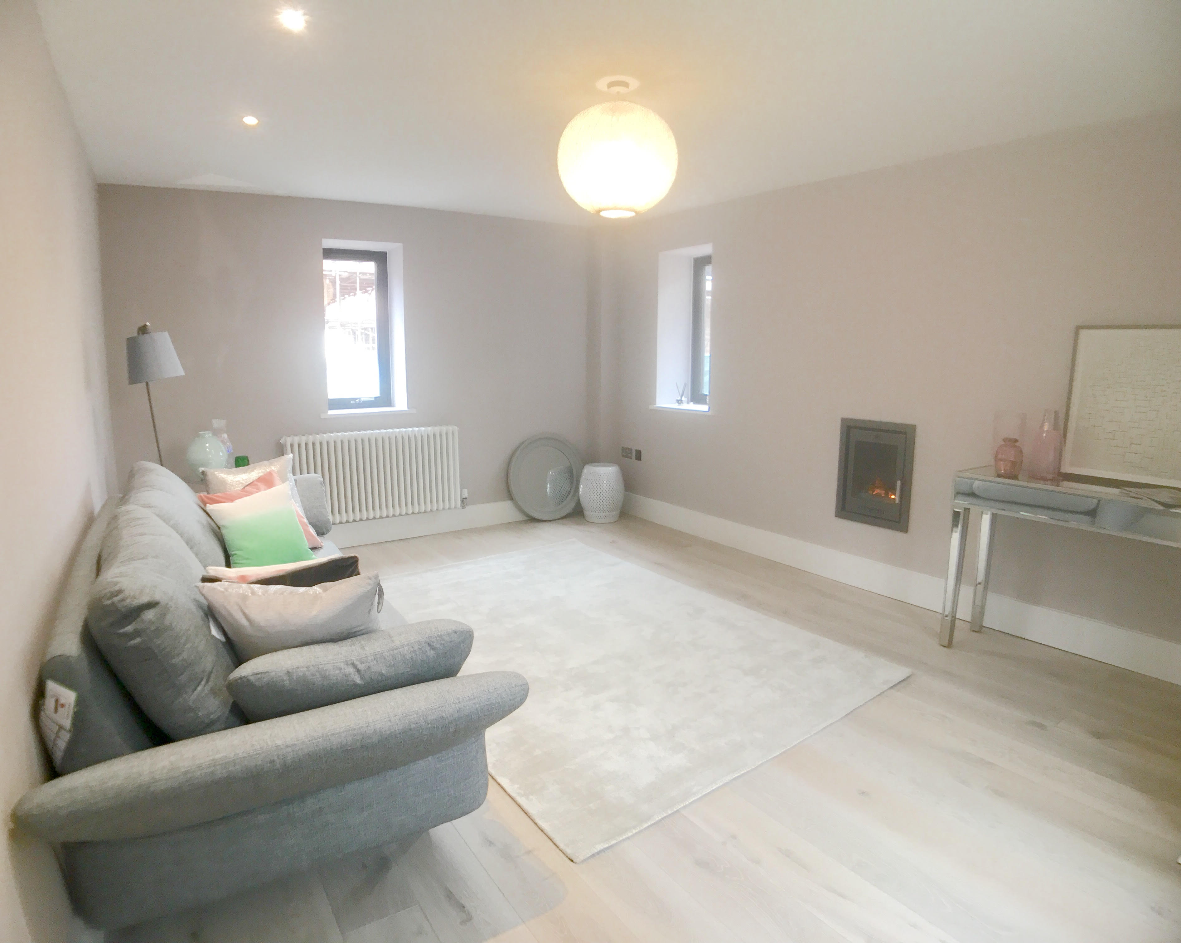 Whitecroft Developments,Lounge