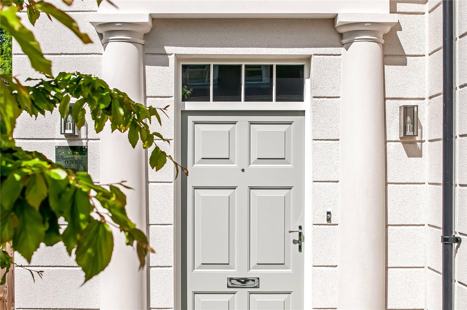 Alfred Homes,Door