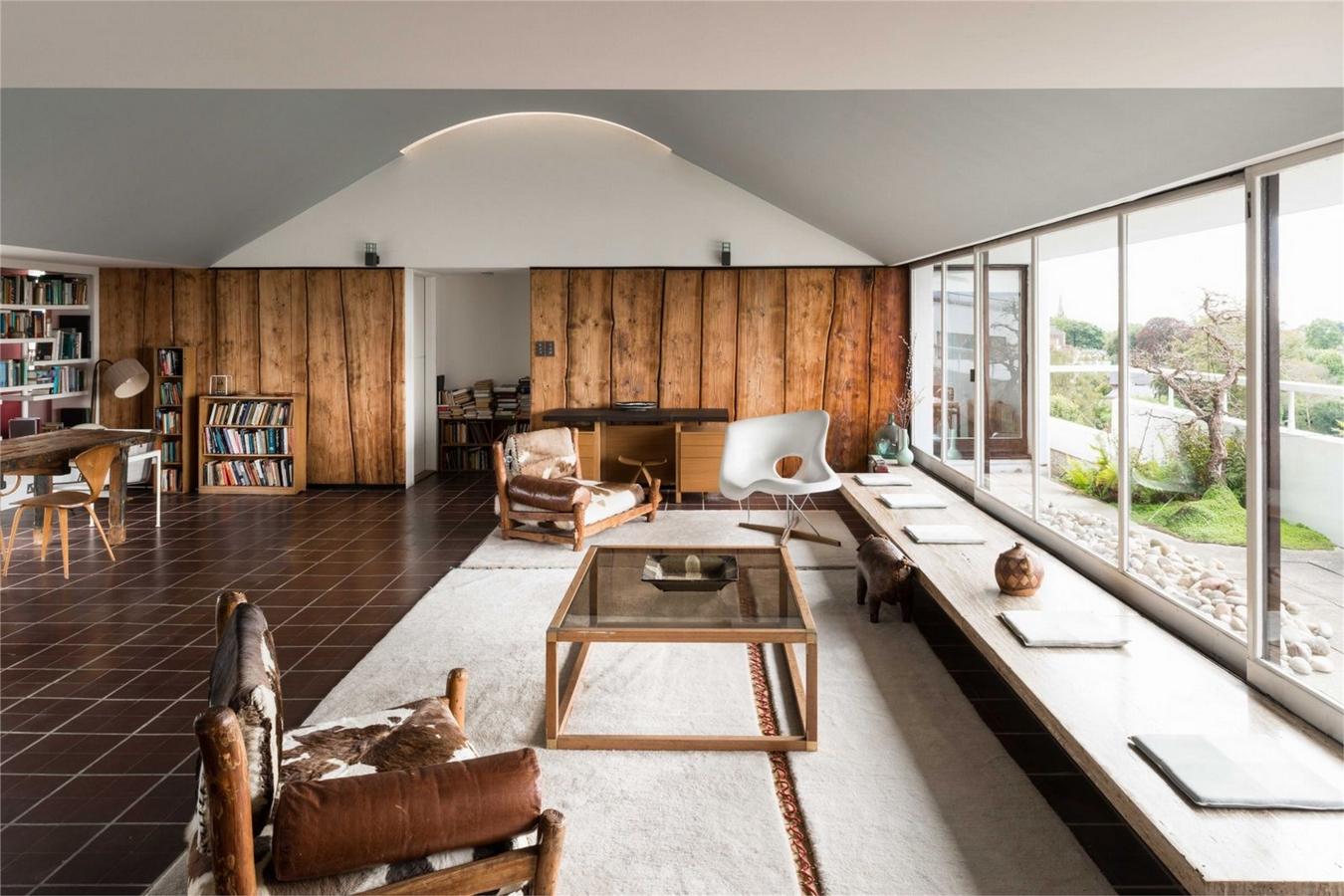 The Modern House,Family room