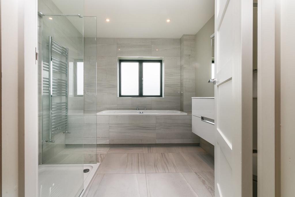 Megaflo,Bathroom