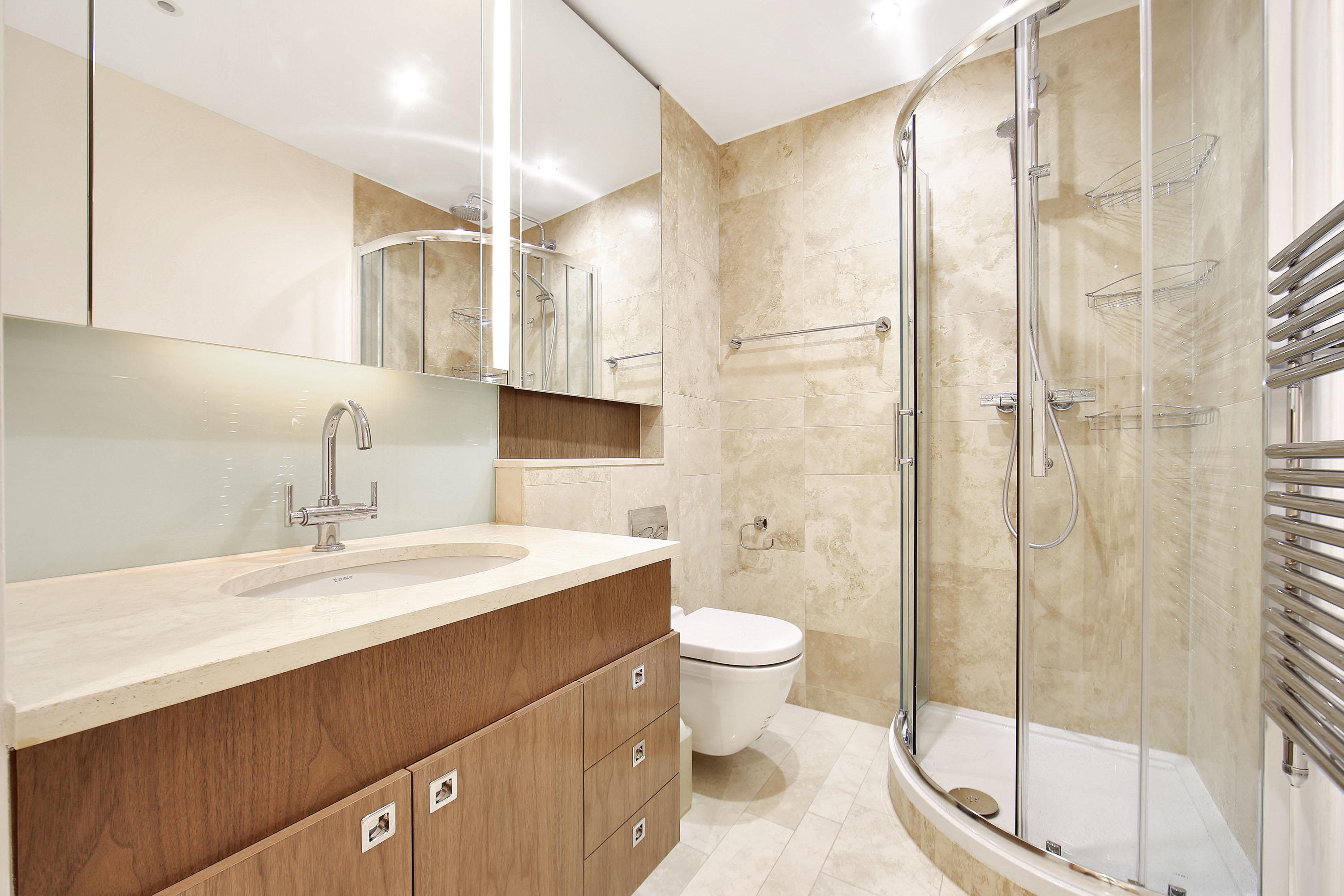 Lancelot Place,Bathroom