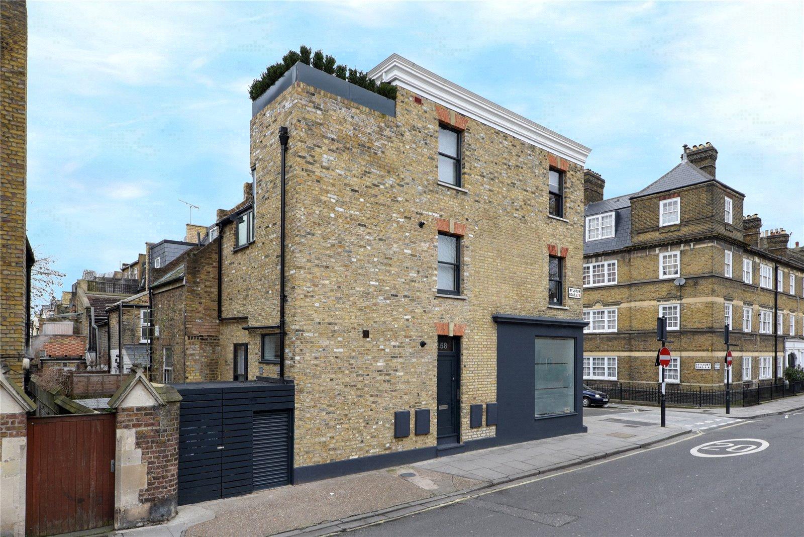 Hogarth Architects,Front Elevation