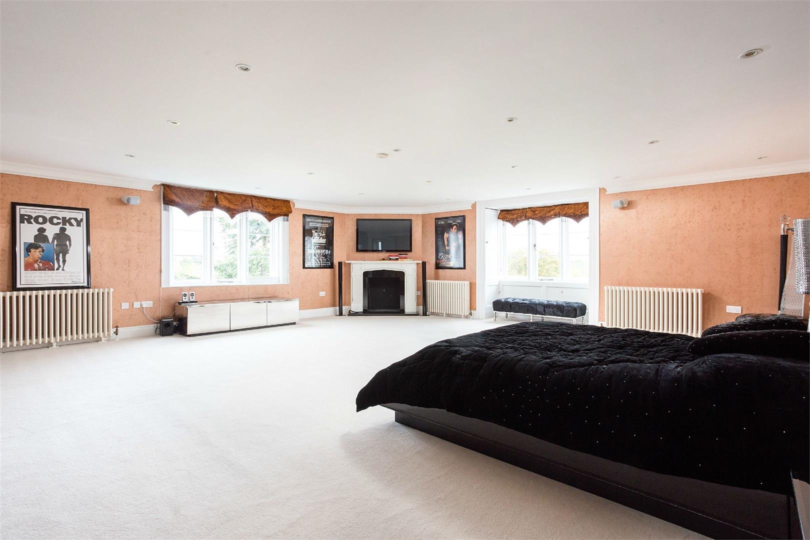 Wall Hall,Master Bedroom