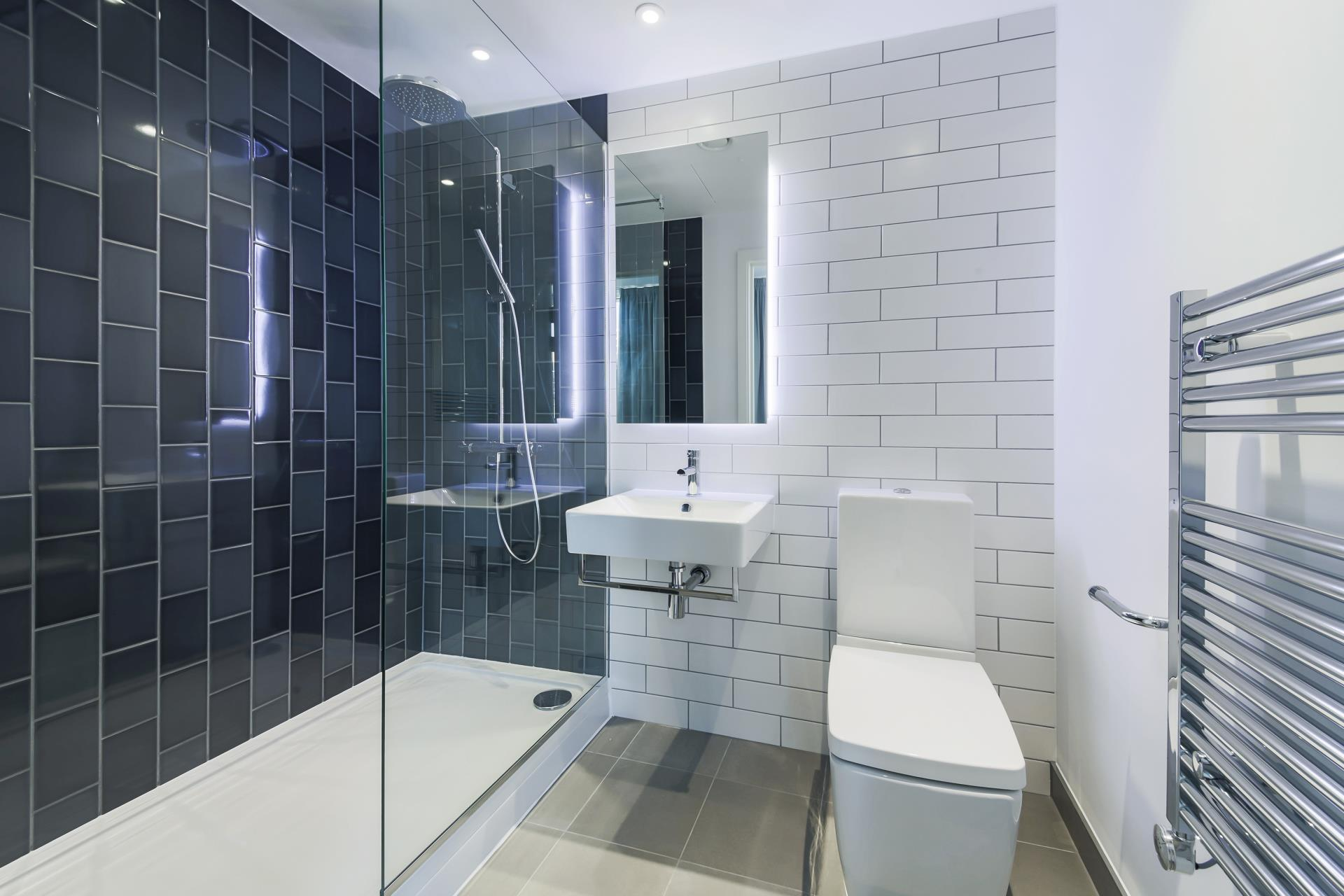 Royal Wharf,Bathroom
