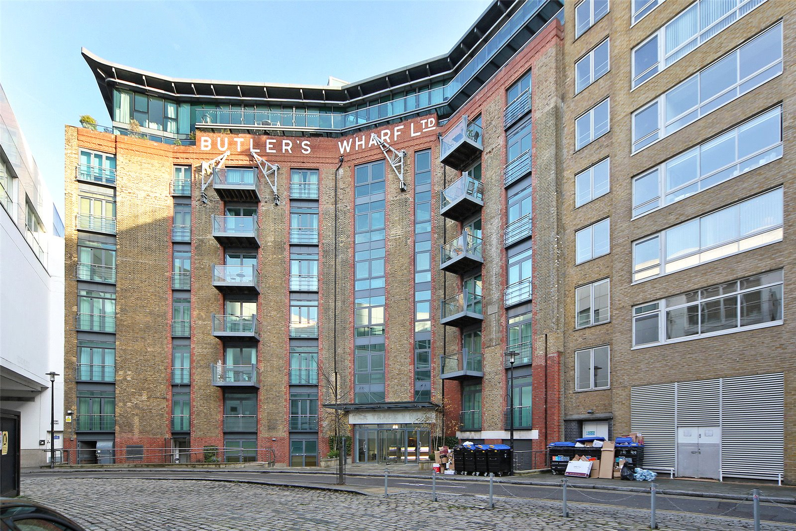 Butlers Wharf,Front Elevation