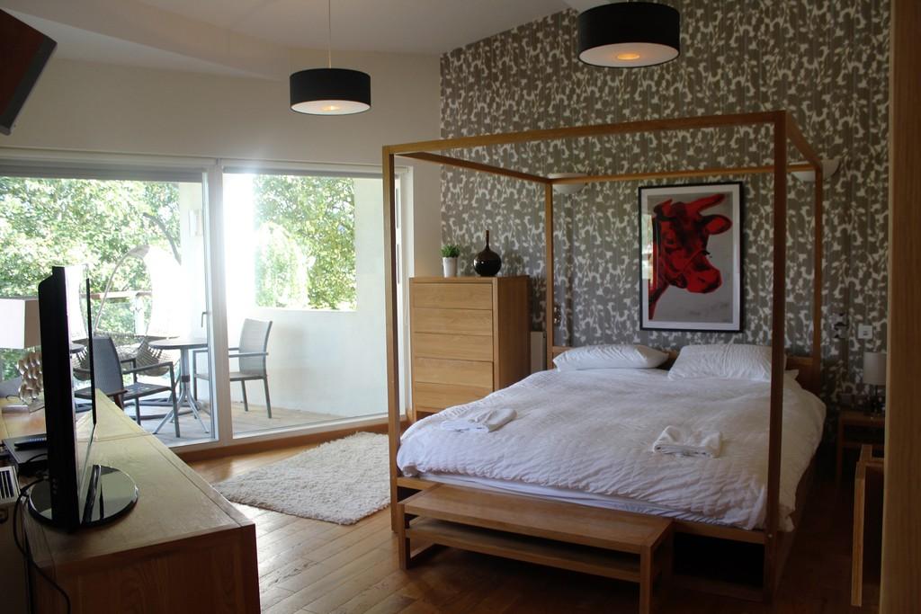 Lower Mill Estate,Master Bedroom