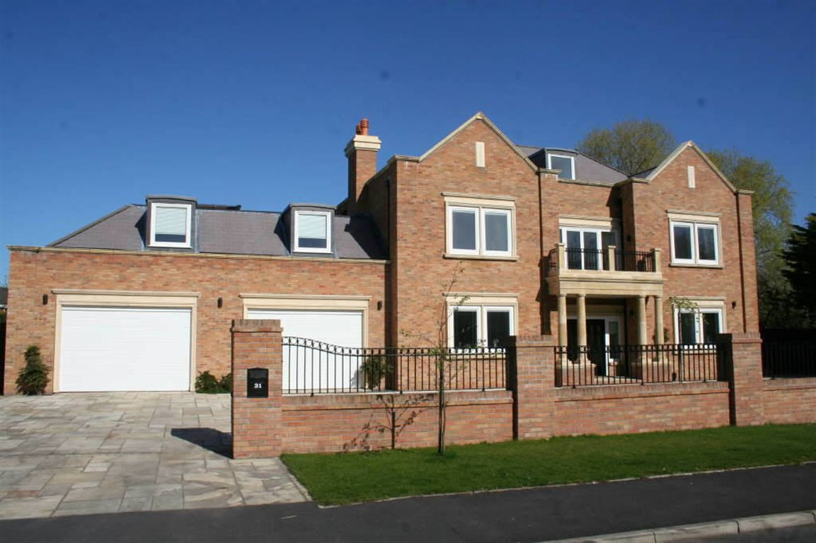 6 bed detached house for sale in regent avenue lytham for Modern house zoopla