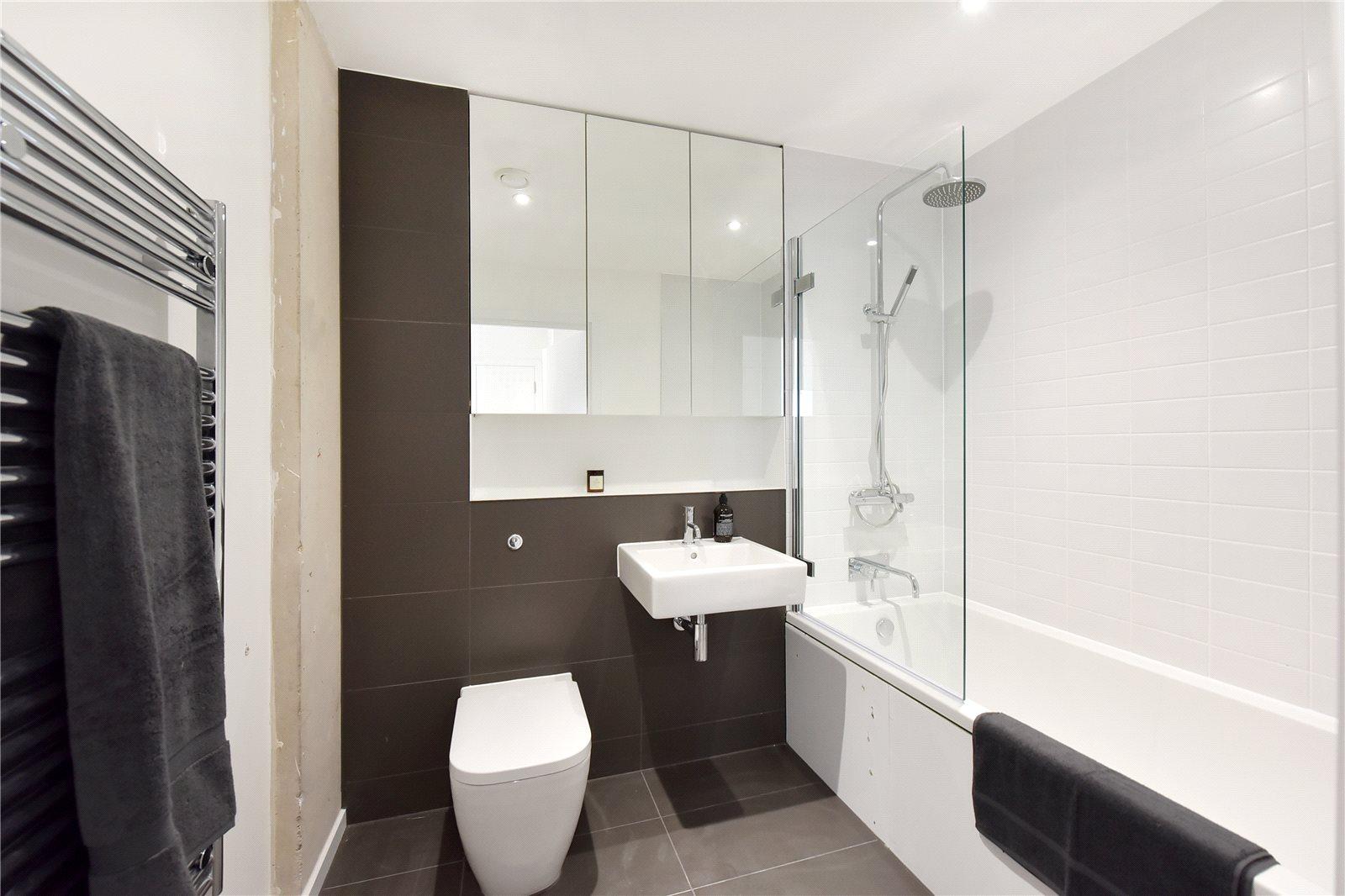 UrbanLab,Bathroom
