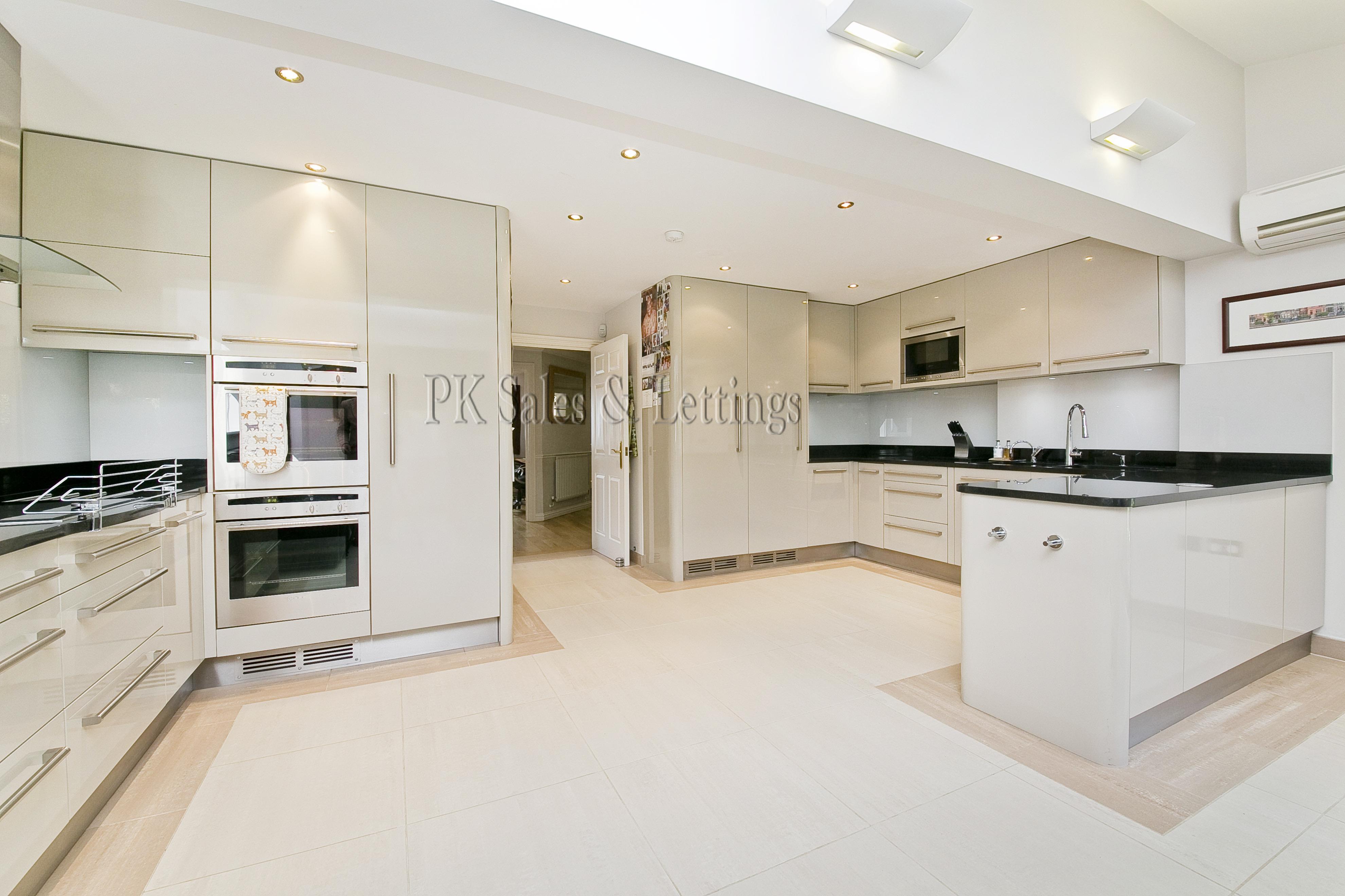Rydon,Kitchen