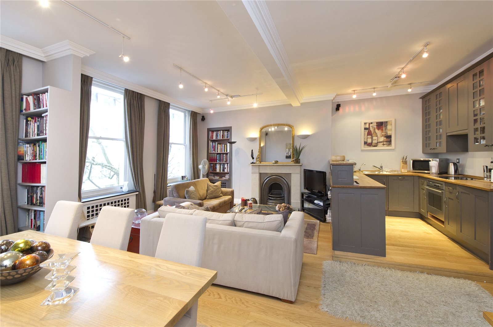 1 bedroom flat for sale in Queen's Gate, South Kensington ...