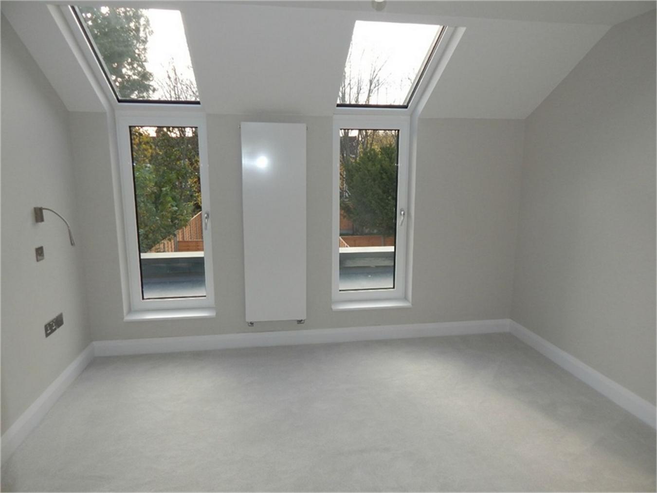 Bed Flat For Sale London Road Croydon