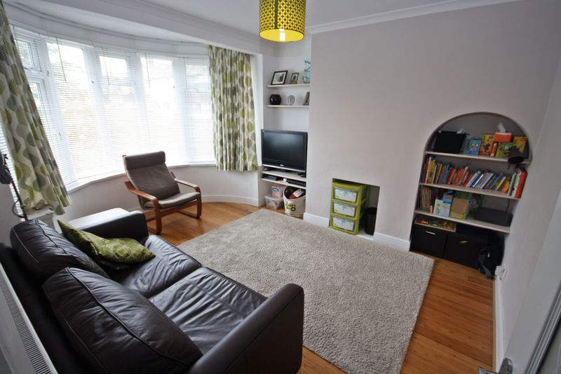3 bedroom terraced house for sale in reading road northolt ub5 london for 3 bedroom houses to buy in reading