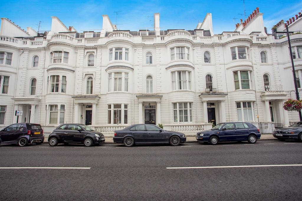 1 bedroom flat for sale in gloucester terrace w2 london for 2 4 6 inverness terrace bayswater london england