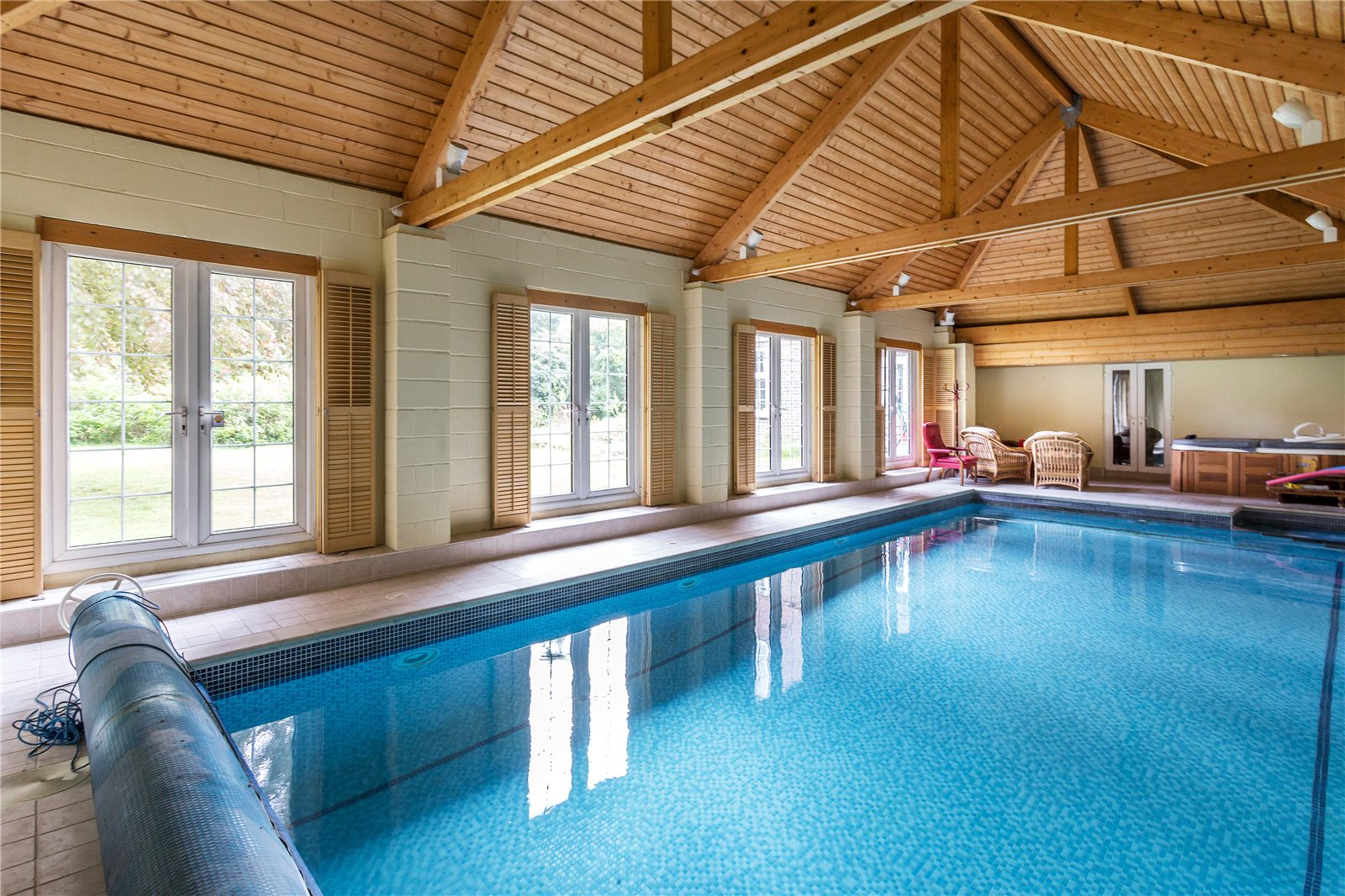 5 bedroom detached house for sale in shirley hills road - Bromley swimming pool opening times ...