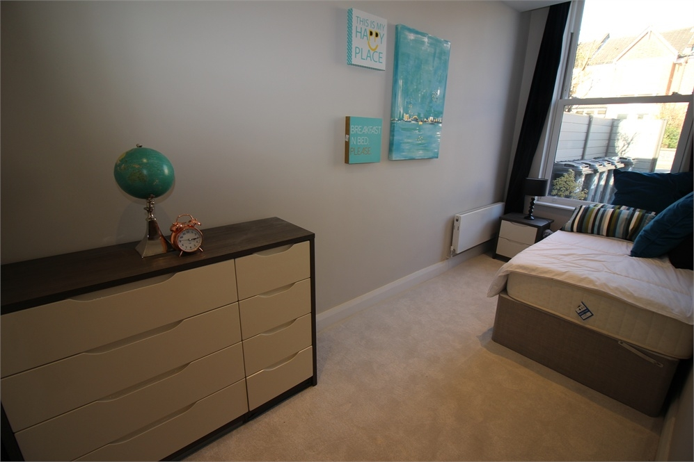 2 Bedroom Flat For Sale In Samos Road Anerley Se20 London