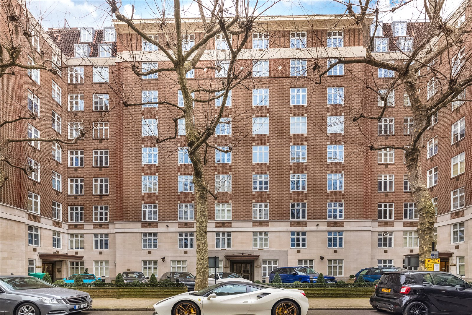 Chesterfield House, Chesterfield Gardens, London W1J, 1 bedroom flat ...
